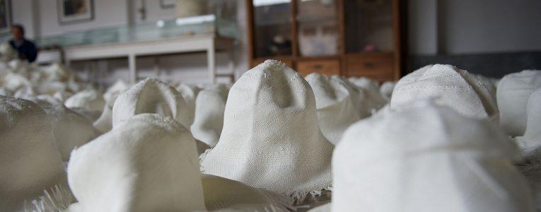 Séchage des chapeaux panama