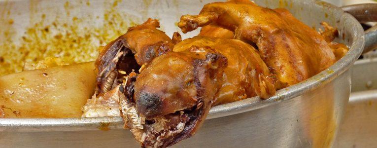 Cuyes, cochon d'Inde grillé