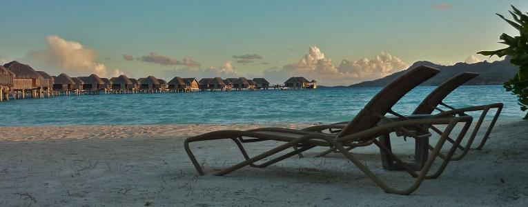 plage privée à Bora