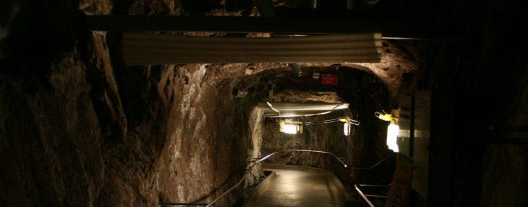 Couloirs à l'intérieur du barrage Hoover Dam