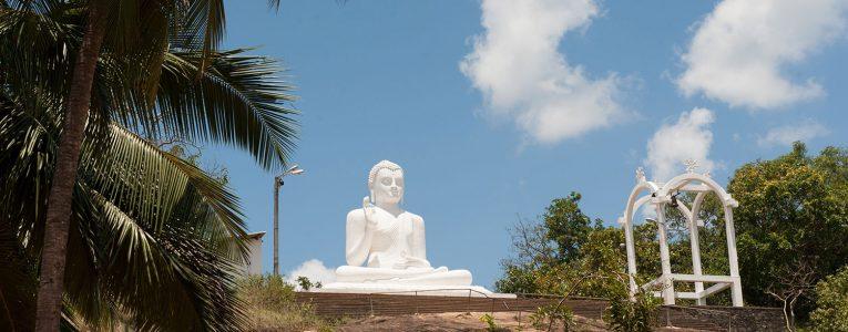 Le Bouddha assis de Mihintale