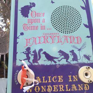 Histoire d'Alice à écouter avec la clé à Fairyland