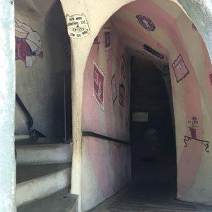 Entrée du tunnel d'Alice à Fairyland
